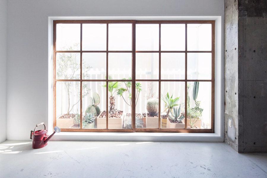 窓の方角:東